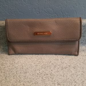 Michael Kors wallet, taupe